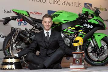Rea edges closer to his fourth World title