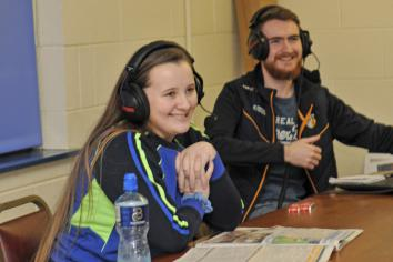 Scór champ Katie takes to the air waves