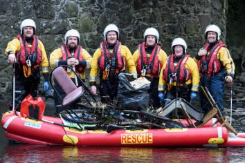 Lough Neagh Rescue take to the Six Mile Water for river clean up event