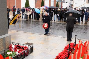 The Borough pauses to remember as respects are paid on Armistice Day