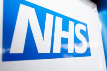 Chief Medical Officers urge everyone to stay home