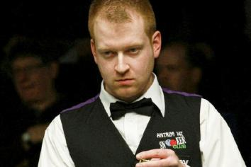 Brown just loses out in Championship qualifier