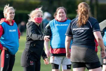 Women's Six Nations player goes to Town!
